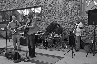 Image of Dan Grimm and his band at the Ventura Museum